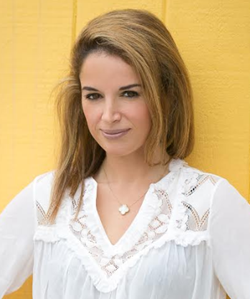 Amy Parvaneh